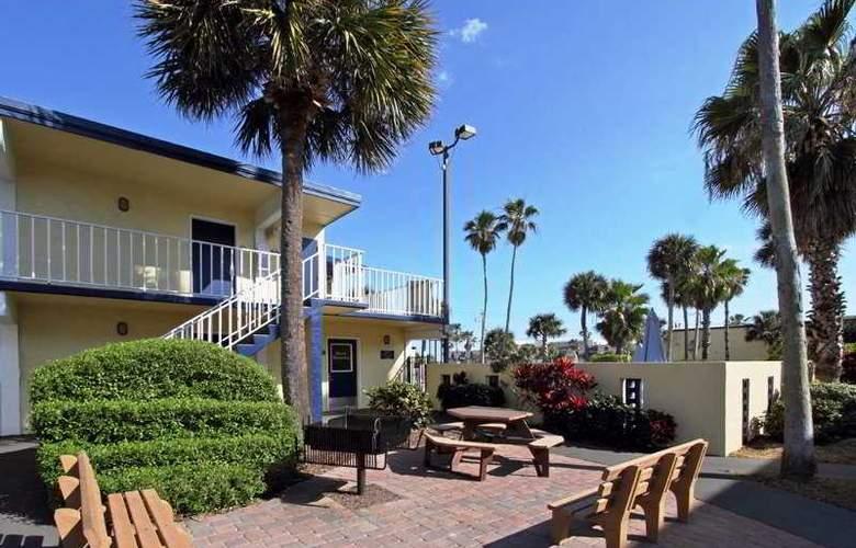 Days Inn cocoa Beach Pier - Hotel - 6