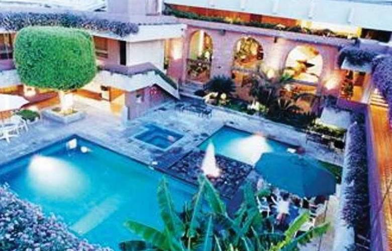 Ne Hotel Nueva Estancia - Pool - 3