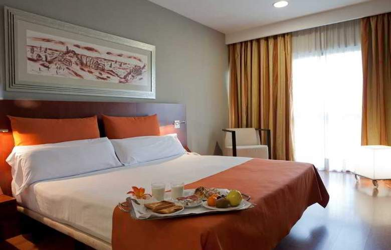 Eurohotel Barcelona Gran Via Fira - Room - 25