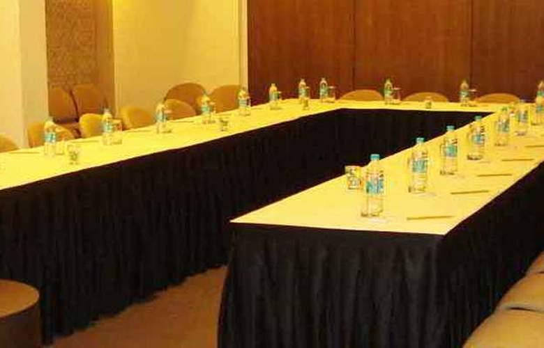 The Mirador - Conference - 5