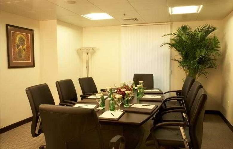 Al Manzel Hotel Apartments - Conference - 6