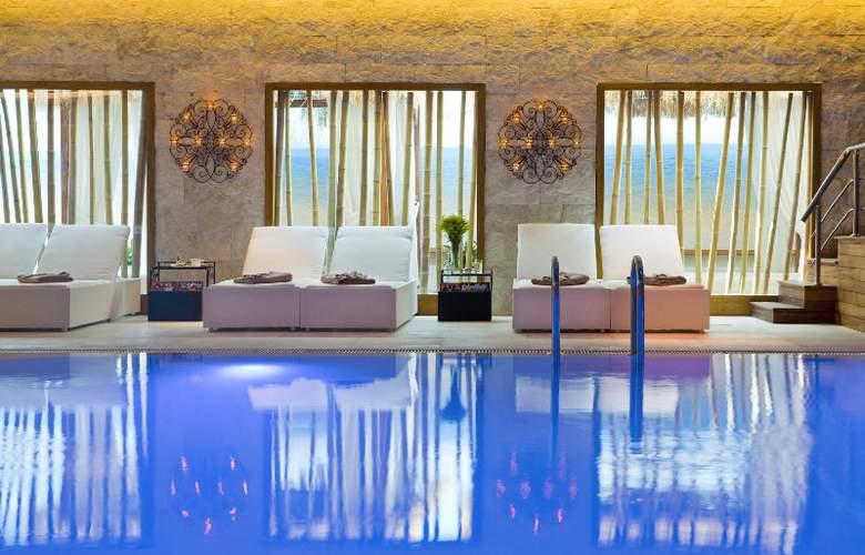 Wyndham Ankara - Pool - 1