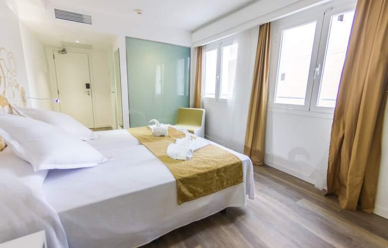 Triton Beach by Crea Hoteles (Sólo Adultos) - Room - 7