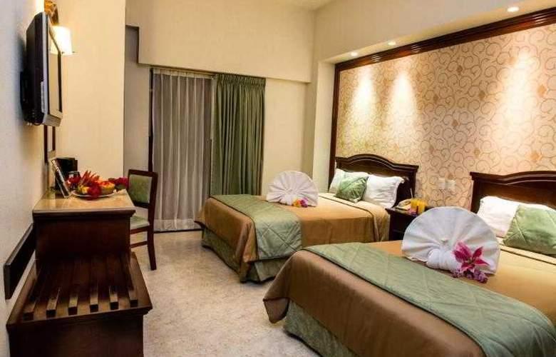 Plaza Campeche - Room - 12
