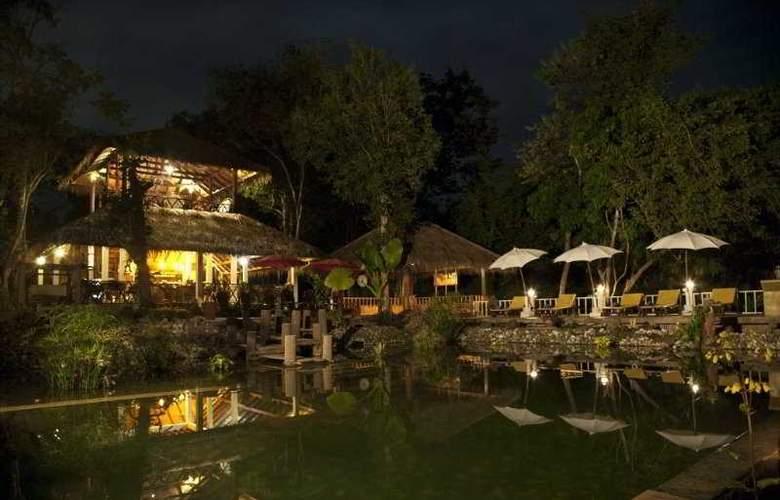Zen Namkhan Boutique Resort - Pool - 9