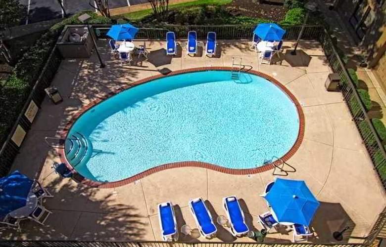 Hampton Inn Memphis-Poplar - Hotel - 2