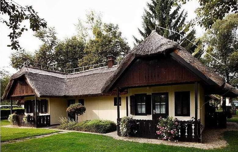 Tourist Village - General - 1