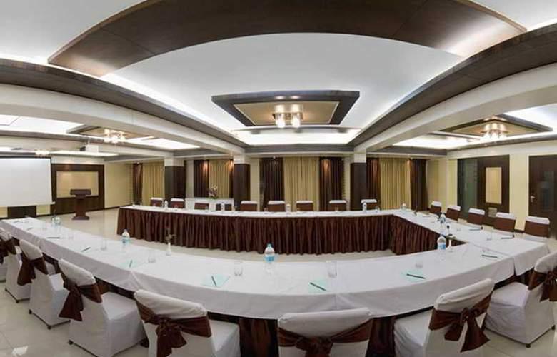 Kapila Business - Conference - 4