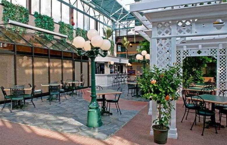 Best  Western Plus Cairn Croft Hotel - Hotel - 59