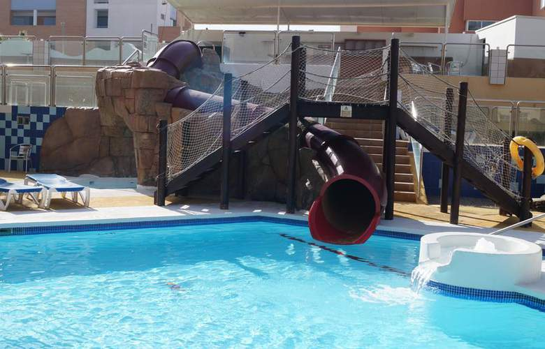 Fenix Family - Pool - 12