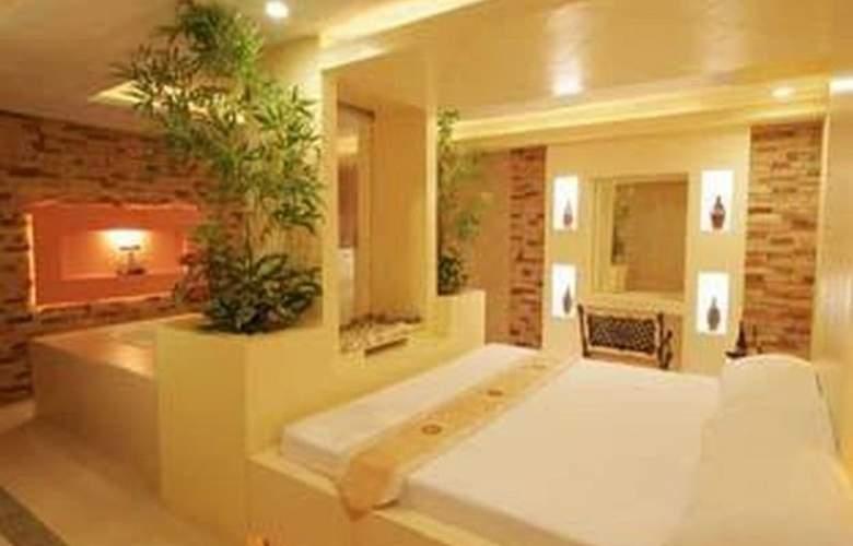 Victoria Court Las Pinas - Hotel - 3