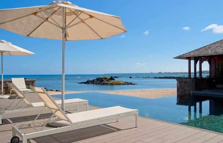 Bon Azur Elegant Suites & Penthouses - Pool - 2