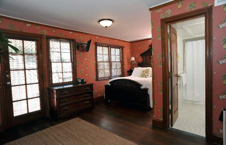 Lahaina Inn - Room - 1