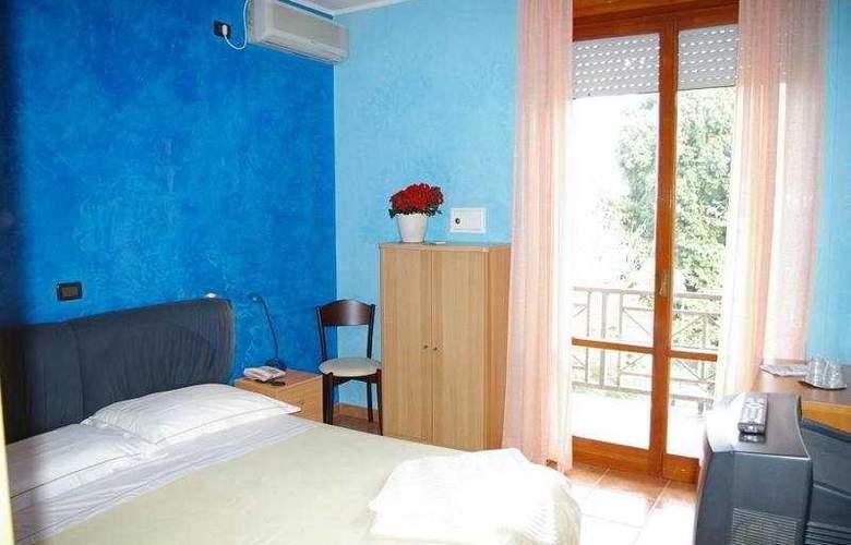 Gabrini - Room - 2
