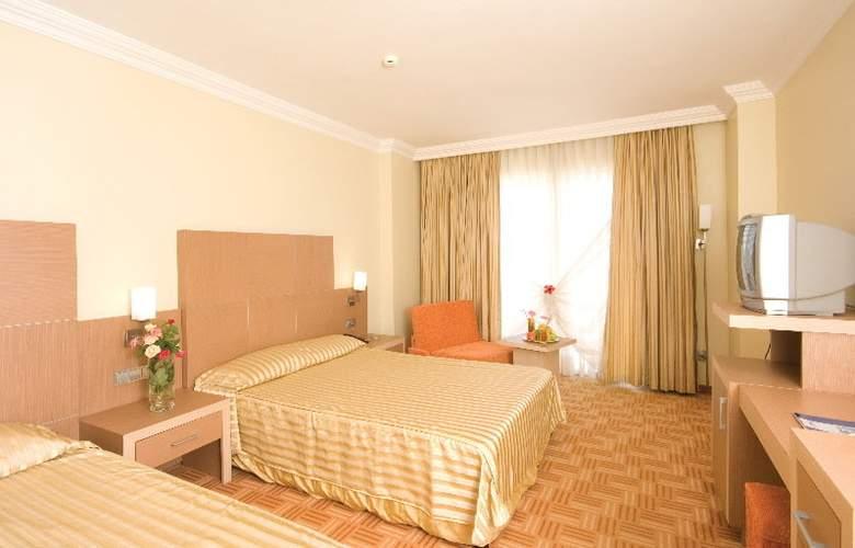 Holiday Garden Resort - Room - 3