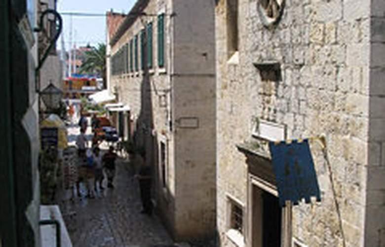 Apartments Stari Trogir - Hotel - 0