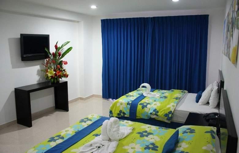Embajadores - Room - 7