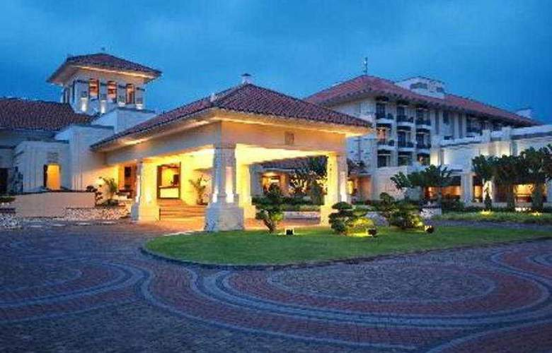 Mason Pine - Hotel - 0