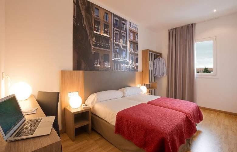 Hostal Pamplona - Room - 18