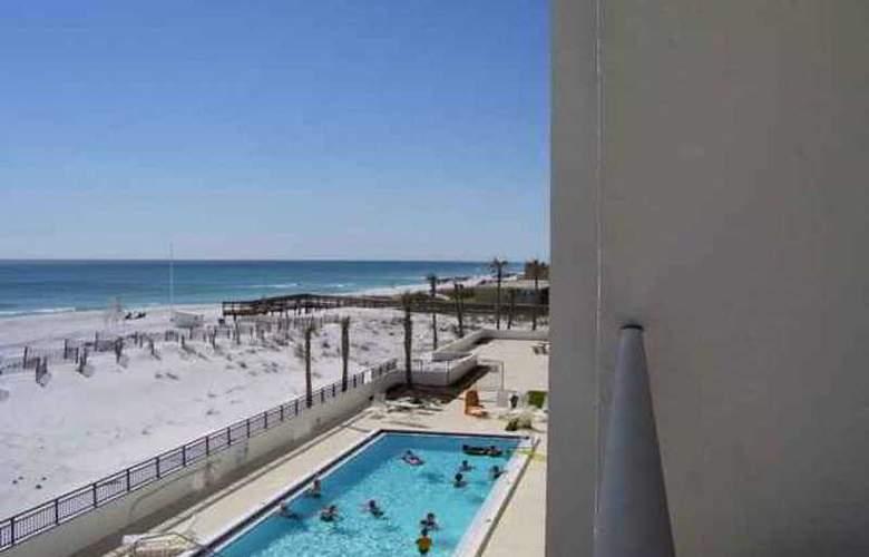 ResortQuest Rentals at Island Echos Condominiums - Pool - 7