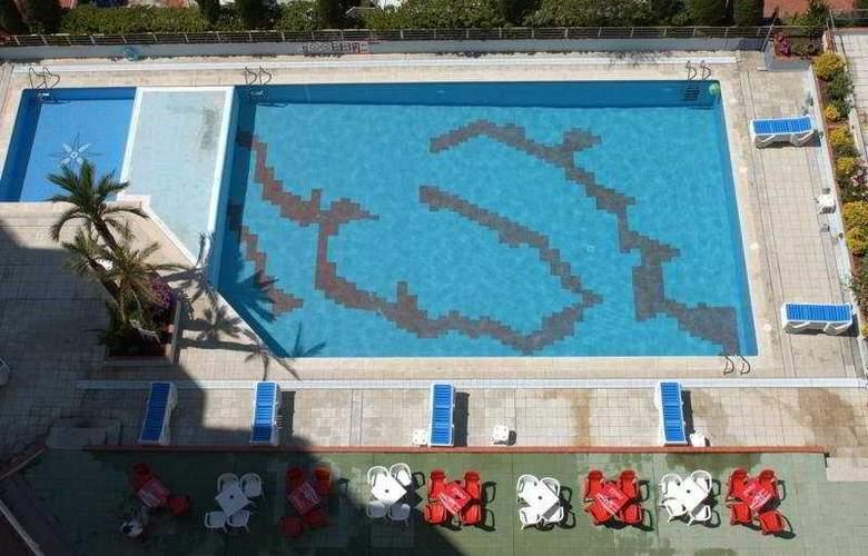 Xon's Platja - Pool - 8