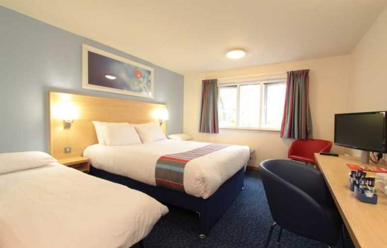 Travelodge Birmingham Central Broadway Plaza - Room - 19