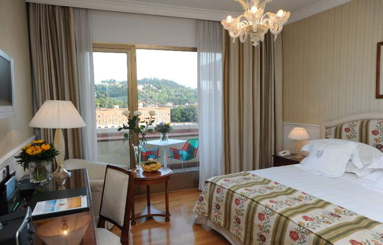 Plaza Lucchesi - Room - 7