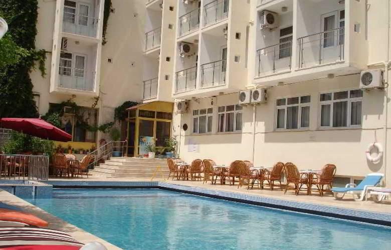 Saadet Hotel - Pool - 11