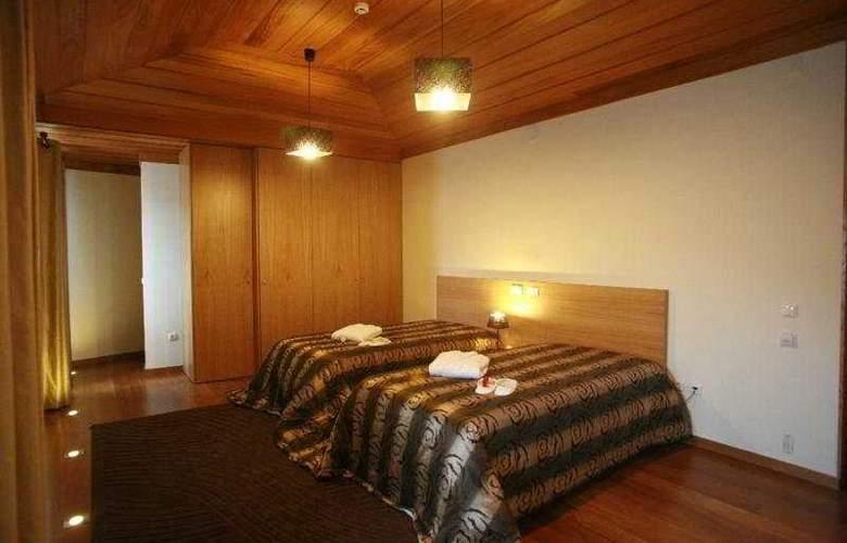 Hotel Rural Alves - Casa Alves de Torneiros - Room - 3