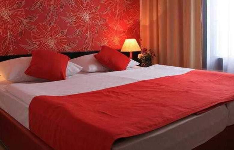 Aleksandar Hotel - Room - 9