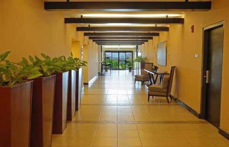 Hilton Garden Inn Liberia Airport - Hotel - 12