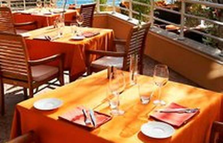 Meridien Beach Plaza - Restaurant - 7