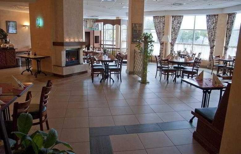 Campanile Poznan - Restaurant - 4