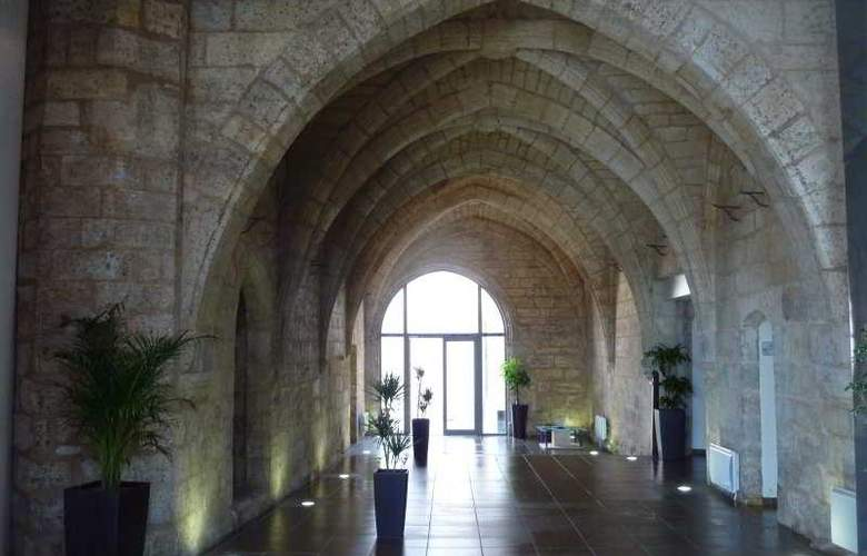 AppartCity Angouleme - Hotel - 6