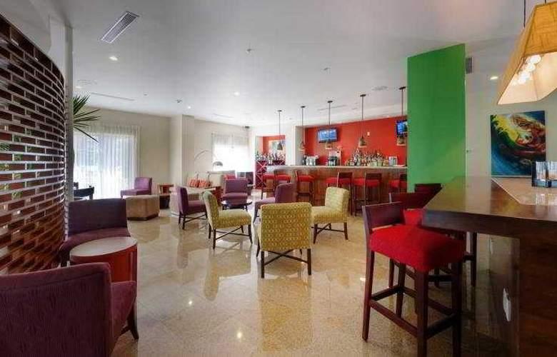 Courtyard Marriott Paramaribo - Bar - 3