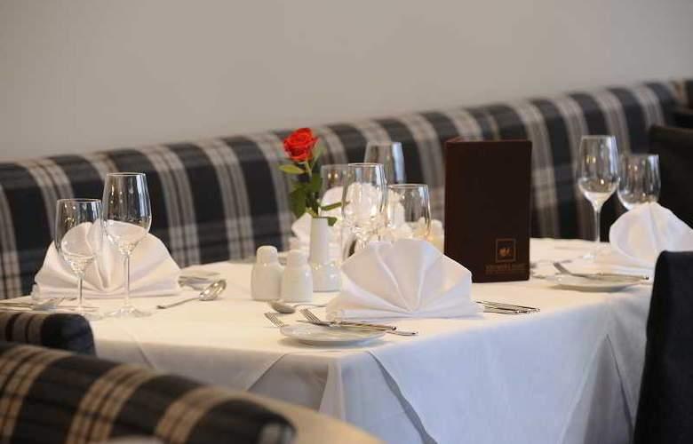 Krumers Post Hotel & Spa - Restaurant - 17
