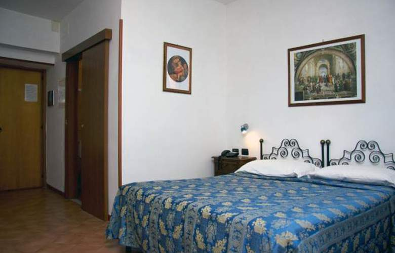 Sole Roma - Room - 5