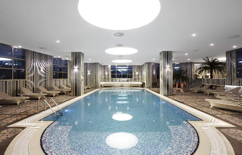 Istanbul Gonen Hotel - Pool - 7