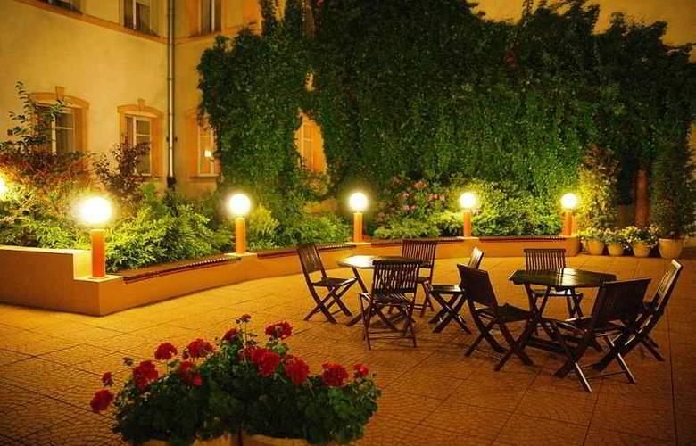 Reytan Hotel - Terrace - 3