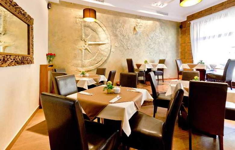 Columbus - Restaurant - 5