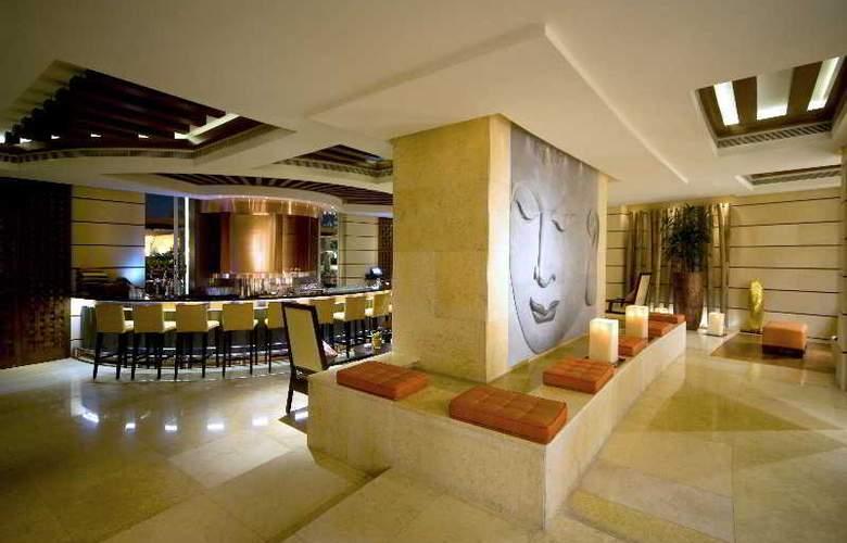 Raffles Dubai - Bar - 6