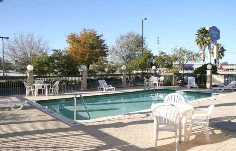 Hampton Inn Spring Hill - Hotel - 2