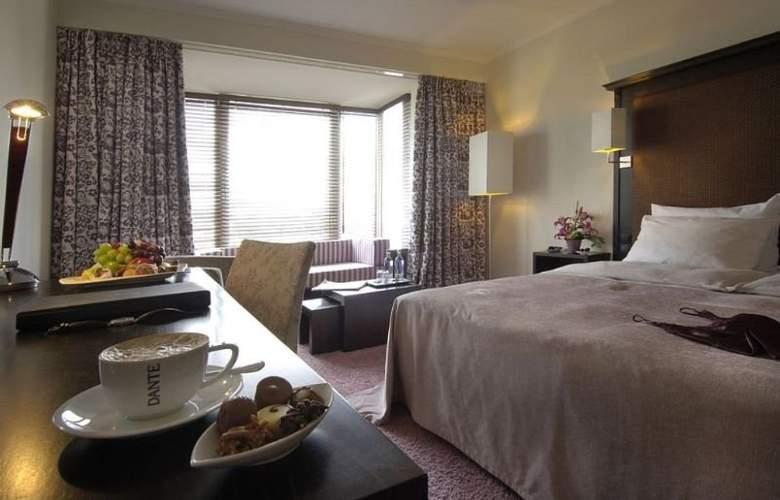 Radisson Blu Senator Hotel - Room - 2