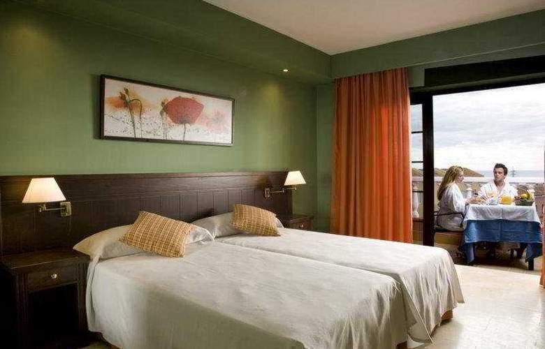 Grand Hotel Callao - Room - 3