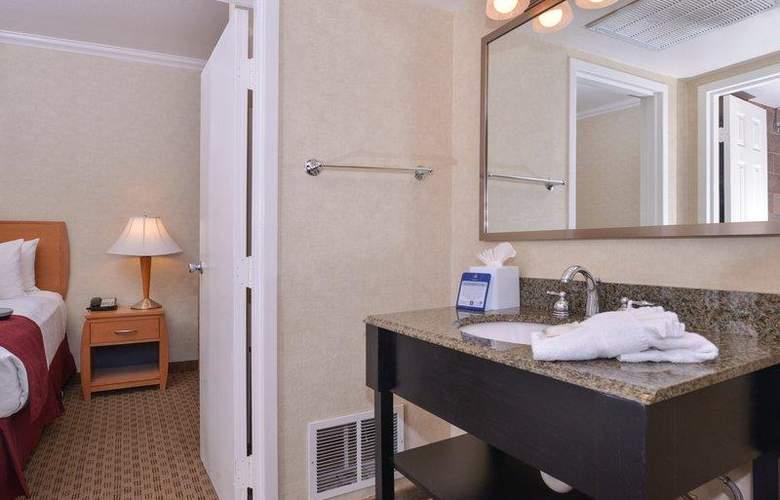 Best Western Plus Innsuites Phoenix Hotel & Suites - Room - 37