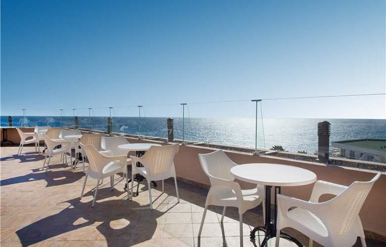Iberostar Bouganville Playa - Terrace - 53