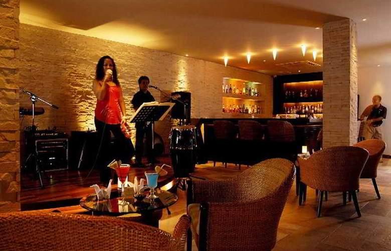 Racha Phuket - Bar - 8