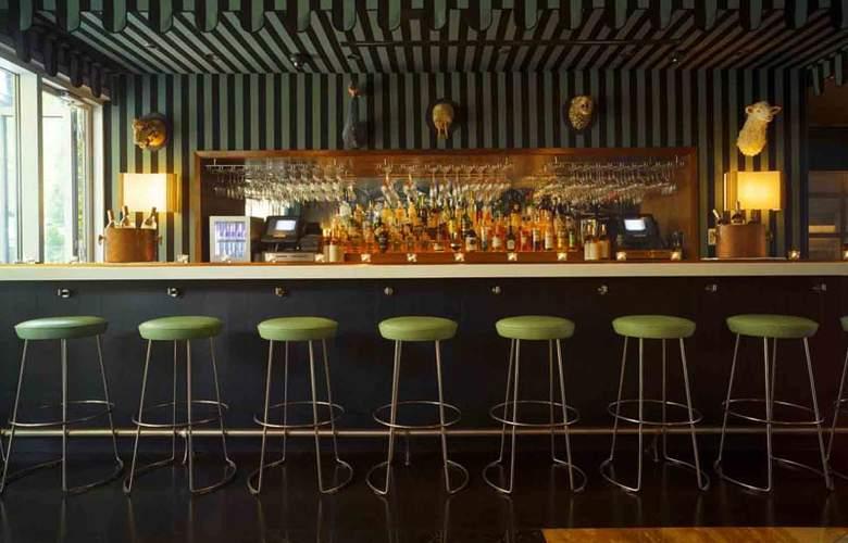 McCarren Hotel & Pool - Bar - 23