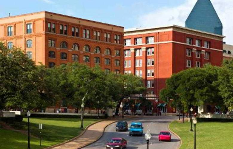 Courtyard Dallas Addison/Midway - Hotel - 17