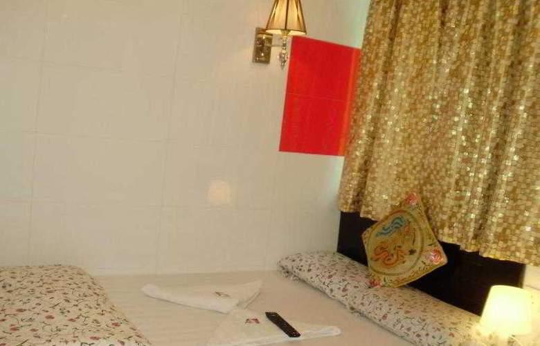 Ashoka Hostel - Room - 12